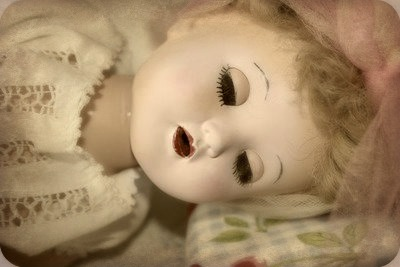 Dollsleeping3