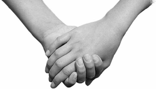 Holdinghandss