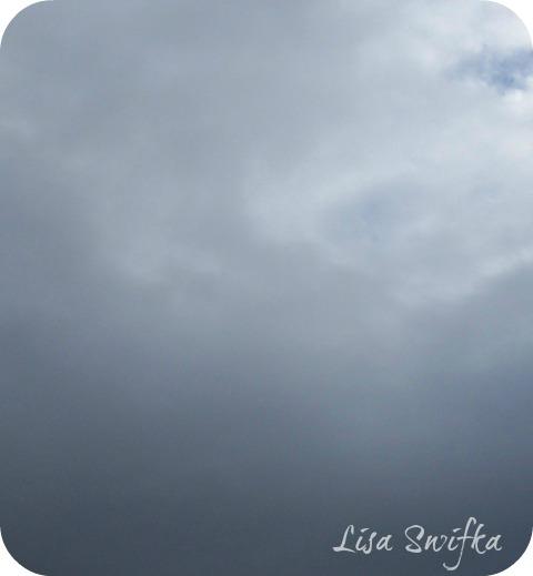 Cloudsdarkwm